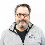 Thomas expert på Syntema inom Industrifärg för plast och metall