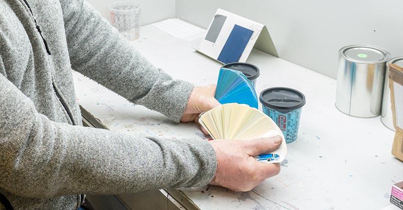 Designstudion där nya Industrifärger uppstår av Syntema